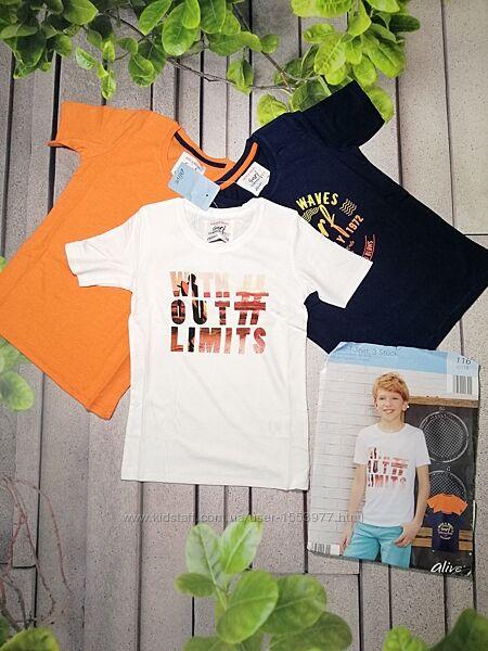 Летний набор футболок для мальчика три штуки в упаковке