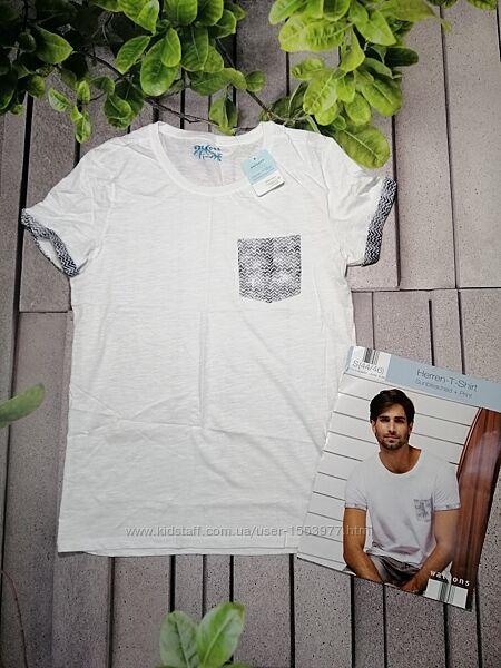Белая повседневная футболка с кармашком хлопок