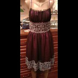 Morgan and co новое нарядное платье с бисером и фатином c-м