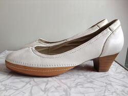 Кожаные туфли naturalizer 37