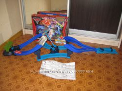 Disney Cars 2 Tokyo Spinout Race Track