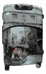 Большой пластиковый чемодан Венеция Venezia Gravitt 4 колеса