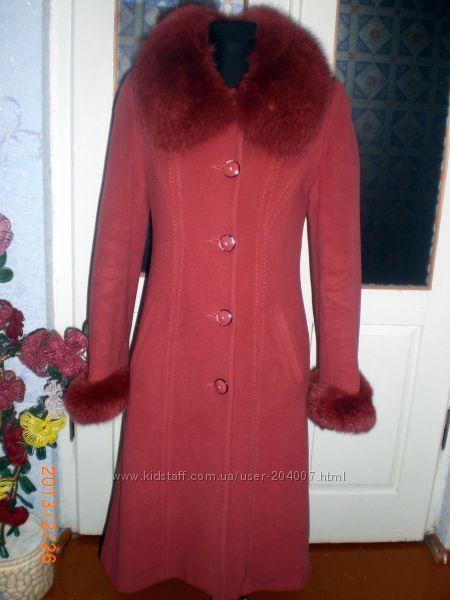 кашемировое пальто  с воротом песец