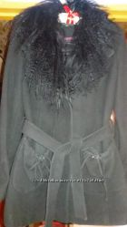 Демисезонное пальто Icon р. 42-44  воротник лама