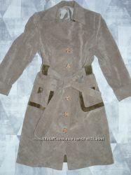 Вельветовое микровельвет пальто-плащ Lesya. Состояние нового. Размер 52- 54.