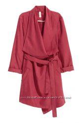 Яркое легкое пальто без подкладки