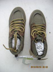 Продам ботинки тканевые деми Crazy8
