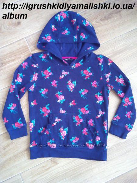 супер красивая теплая  кофточка в цветах george на 4-5 лет