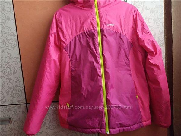 Новая куртка Decathlon 14 лет 151-160