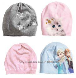 Тоненькие деми шапочки от H&M для девочек