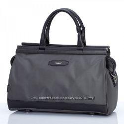Стильные дорожные сумки и саквояжи от ТМ Dolly в наличии.