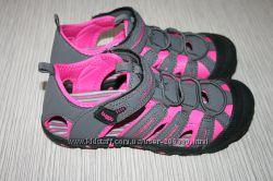 Спортивные босоножки с закрытым носком р. 27-35 Bugga ТМ Pidilidi девочке