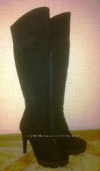 Обуты 1 раз классные замшевые зимние сапоги 39 размера