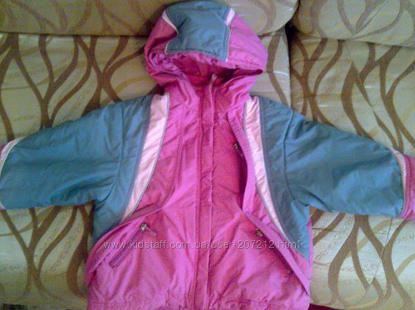 Курточка зимняя на девочку  на 3-5 лет