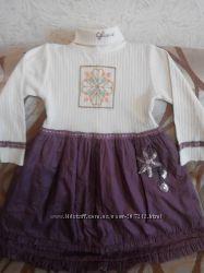 Платье красивое  для девочки на 5-7 лет.