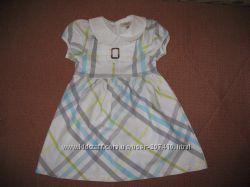 Красивое фирменное летнее  платье на 5лет