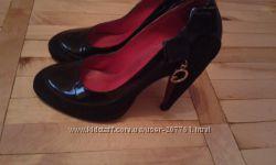 Туфлі Medea
