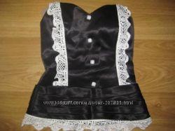 Оригинальный черный корсет с белым кружевом