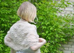 Бежевый палантин из альпаки и шелка