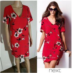 Платье прямого кроя с цветочным принтом от бренда Next.