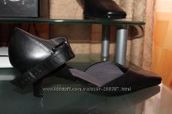 Новые очень красивые туфли MARKS&SPENSER, цену снизила