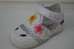 Закрытые босоножки B&G Little Deer для самой маленькой ножки