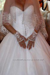 Продам свадебное платье. Размер с-м
