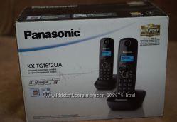 Panasonic KX-TG1612UA на две трубки