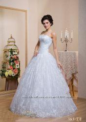 королевское свадебное платье из гипюра