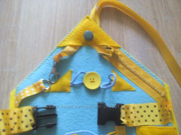 развивающая игрушка Бизи борд домик
