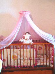 Комплект для детской кроватки постельное белье, балдахин, крепление, защита