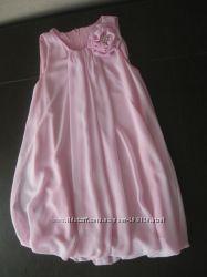 Очень красивое платье на рост до 140-152 см.