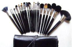 Кисти для макияжа  копия МАС  24  чехол