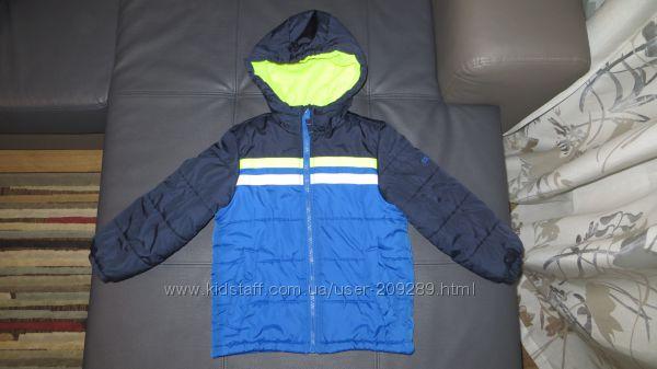 Куртка OshKosh на мальчика 5-6 лет
