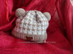Зимняя шапочка для новорожденного.