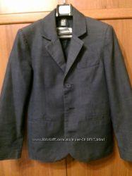 Пиджак для мальчика 7-8 лет