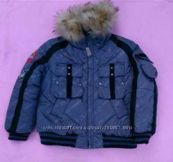 Куртка зимняя на мальчишку ростом 92 см.