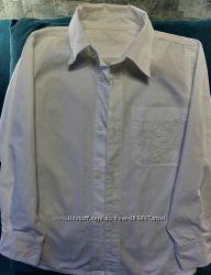 Рубашка белая на мальчика  8-9 лет