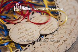 Медали деревянные на выпускной