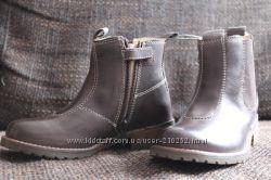 кожаные ботинки 26, 28 размер Chicco