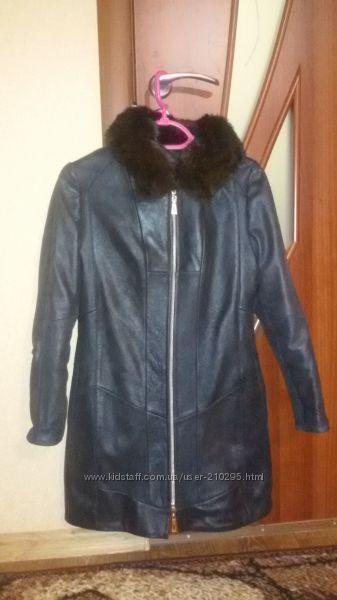 Зимнее кожаное пальто, плащ 42 р. дешево