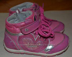 Очаровательные ботиночки Geox, размер 26