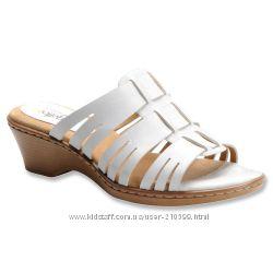 Кожаные босоножки SoftSpots на широкую ногу по стельке 24 см низкая цена