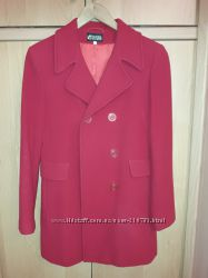 Продам красное кашемировое пальто