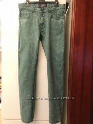Ярко-зеленые модные джинсы Springfield