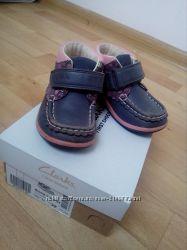 Деми Ботинки-Мокасины Clarks first shoes