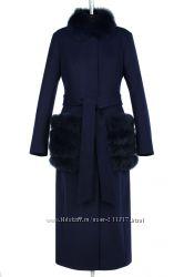 Качественные яркие куртки, пальто по оптовым цена