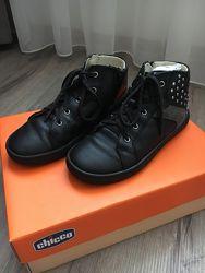 Ботинки кожаные Chicco 31, 32 размер
