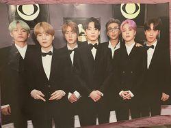 Постеры легендарной группы BTS