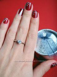 Нежное кольцо с цирконием